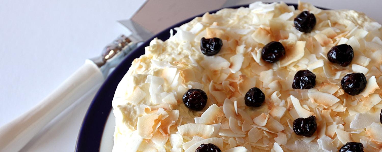 Toasted-Coconut-Pavlova