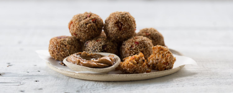 brown-sushi-rice-balls