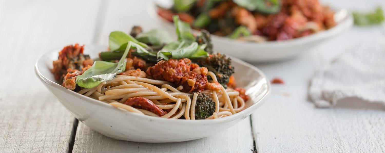 healthy-vegan-pasta-tvp-pasta-sauce